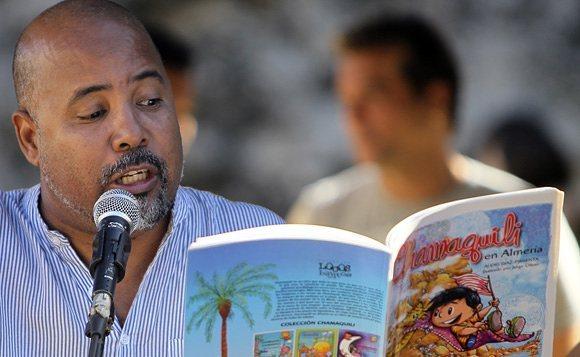 Pimienta leyendo Chamaquili